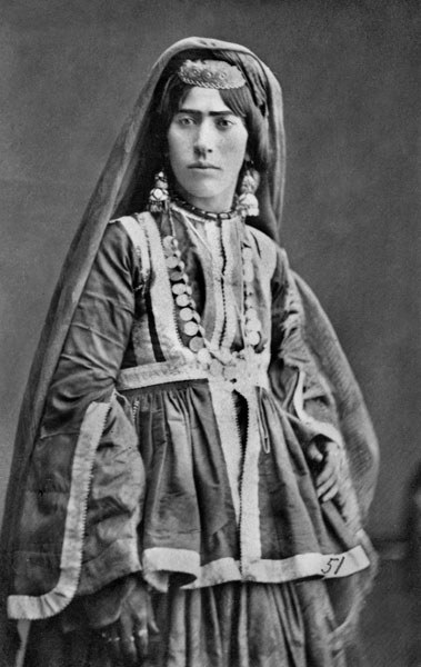 Batsav Traditional Women S Clothes In The Caucasus