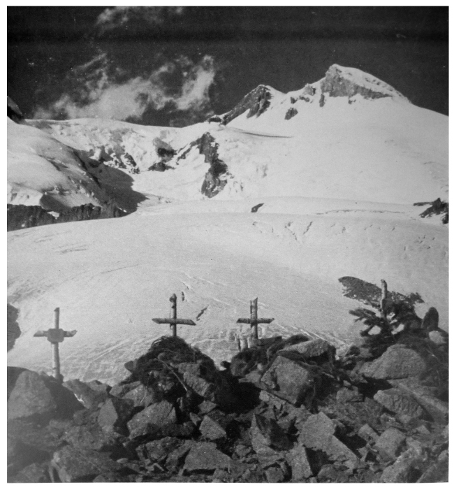 The graves of fallen German mountain troops by the Chotiu-Tau Pass in the Caucasus